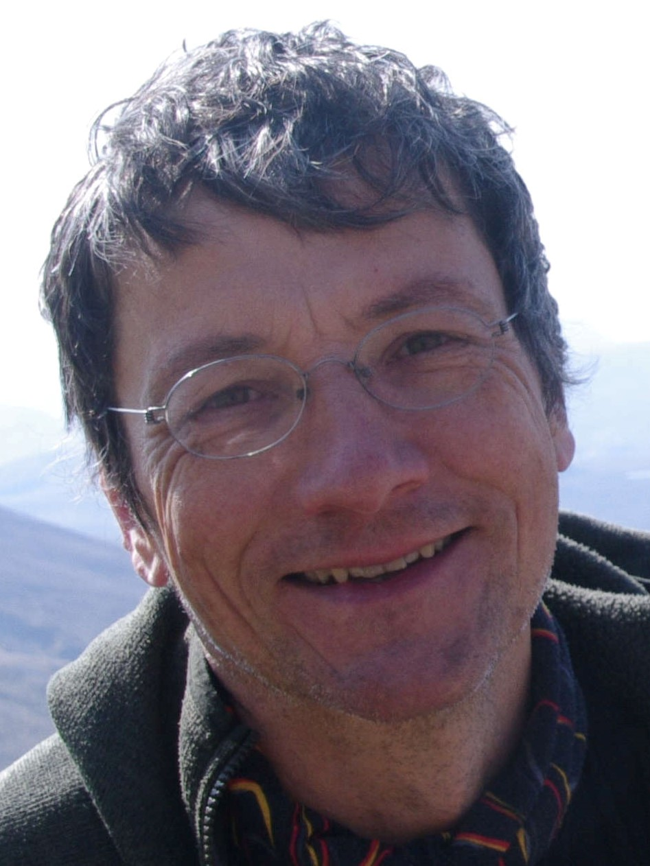 photograph of Simon Wood